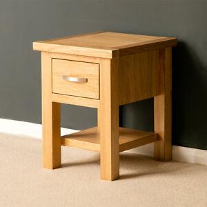 London oak side table light oak lamp table solid wood small la imagen se est cargando mesa lateral de roble londres lampara de mesa aloadofball Image collections