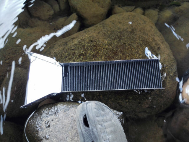 mini Sluice Box Gold Recovery Mining Panning Sluicing Prospecting river