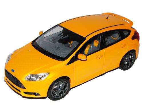 Ford Focus ST 5 Türer Orange 3 Generation Ab 2010 1//18 Minichamps Modell Auto..