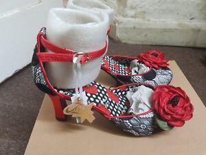 Uk Black Sandal 6 Size Browns Womens Red Cordelia And Joe qpx04wZ