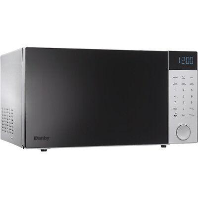Danby 1.1 Cu. Ft. 1000 Watts Countertop Microwave in Silver