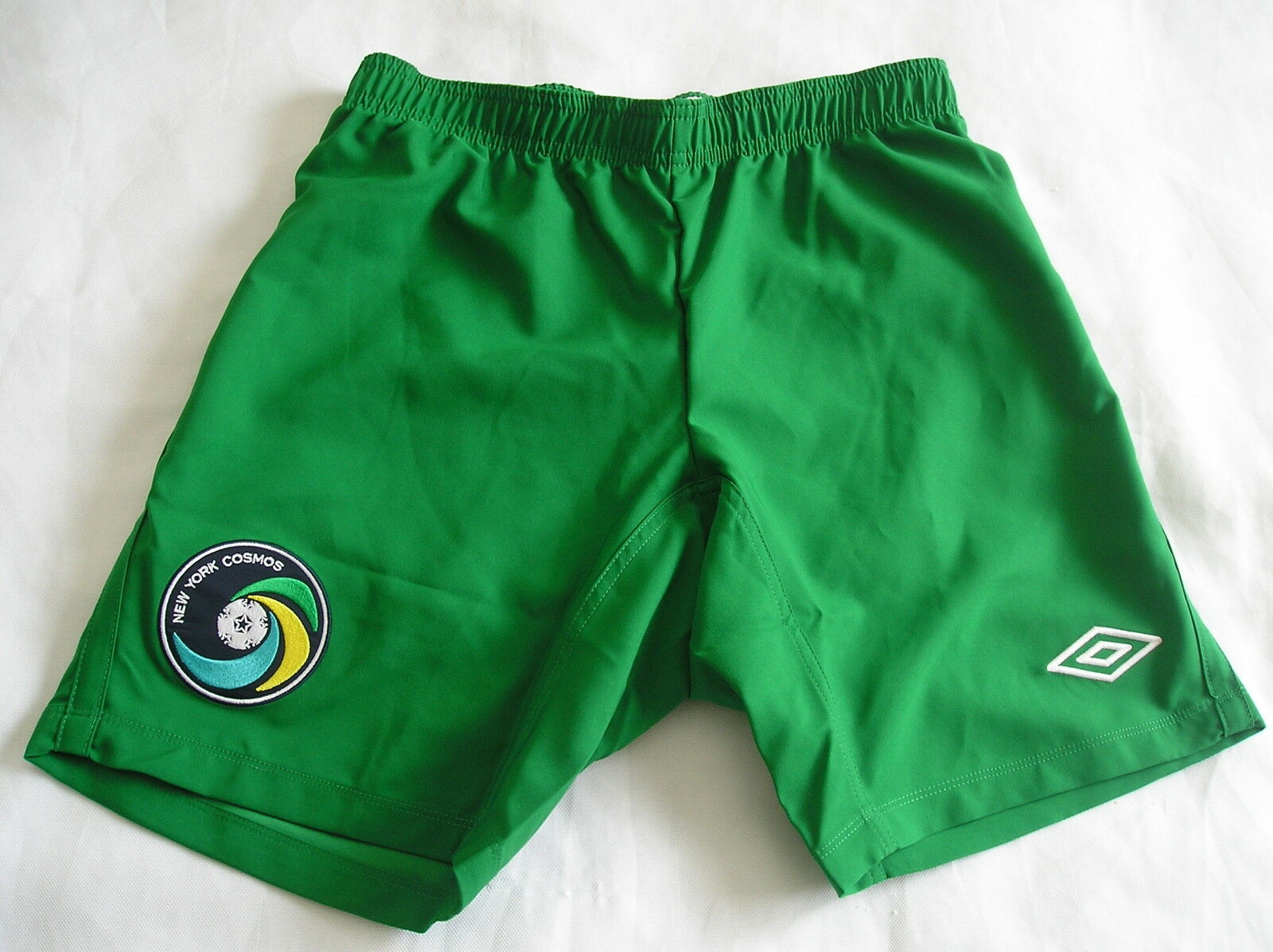 NwtUmbro NEW YORK COSMOS usa Football Soccer Jersey Short home pantsMen Sz Med