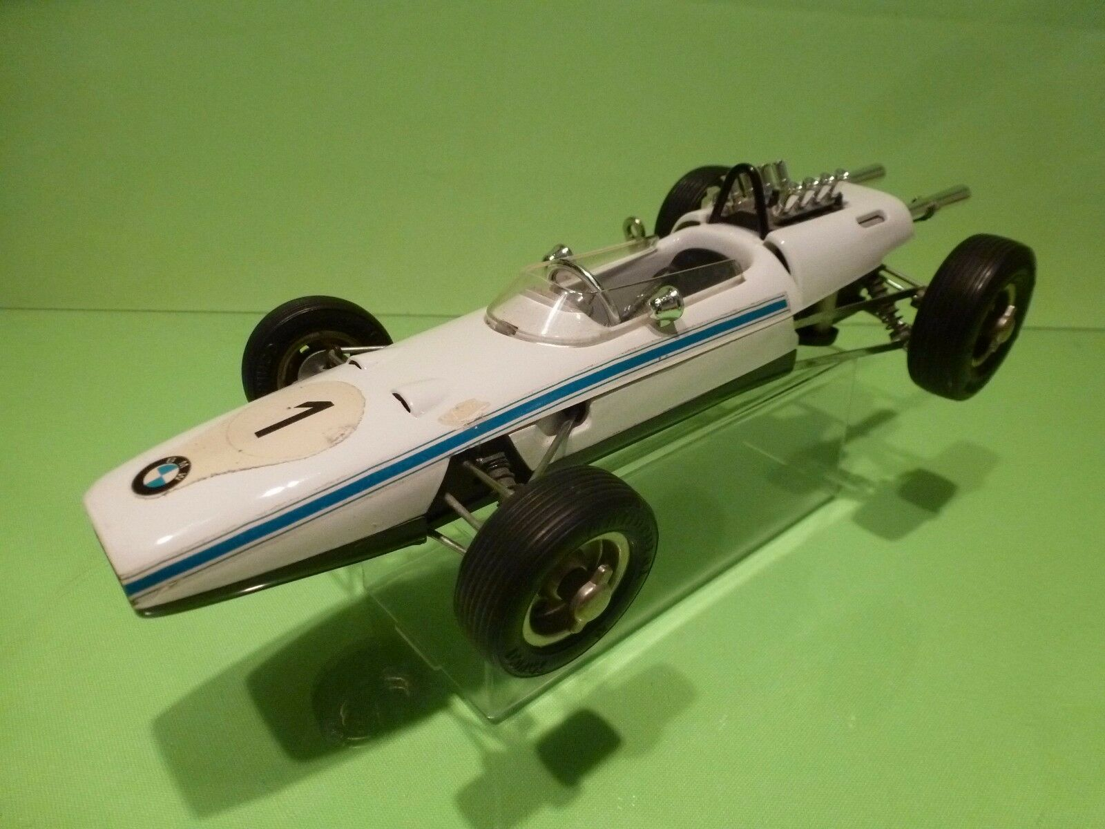SCHUCO 1072  BMW FORMULA 2 RACE CAR - Blanco L25.0cm - GOOD CONDITION