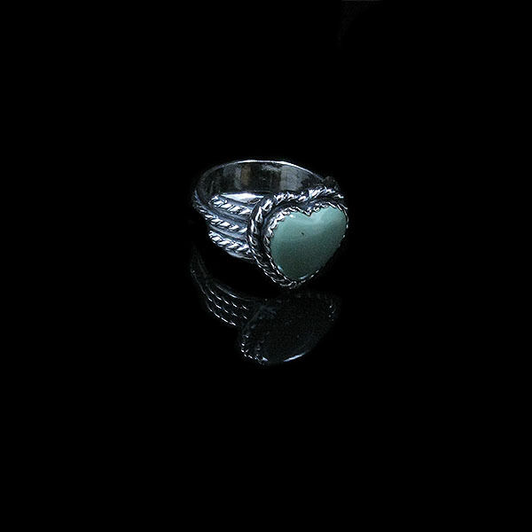 QVC .925 Sterling Silver Natural Green Turquoise Heart Ring Band Size 7