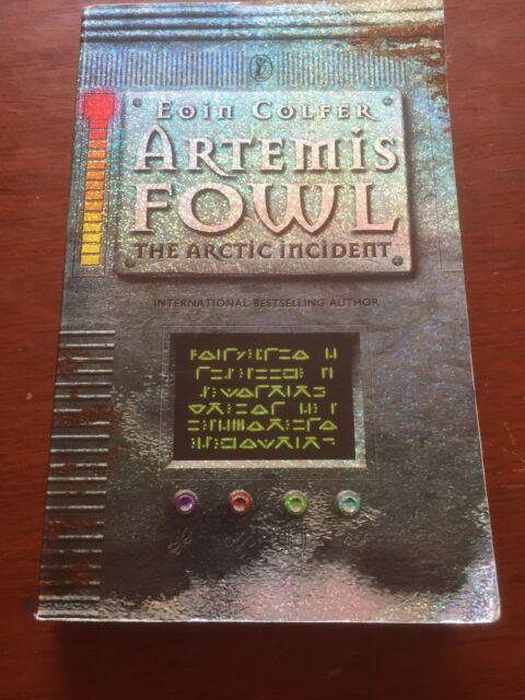 Artemis Fowl - The Arctic Incident  -  Eoin Colfer Paperback 2002