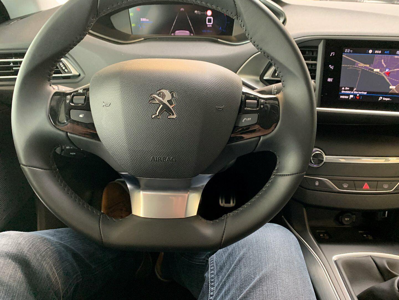 Peugeot 308 1,5 BlueHDi 130 Edition:210+ SW
