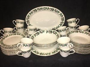 Image is loading FORMALITIES-by-BAUM-BROS-Dinnerware-China-Set-74- & FORMALITIES by BAUM BROS Dinnerware China Set (74) Pieces | eBay