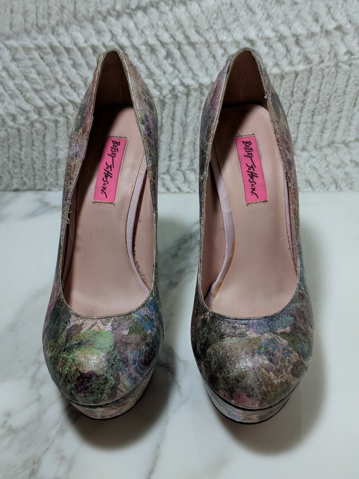 Betsey Johnson heels pumps pink floral back lace up size 8