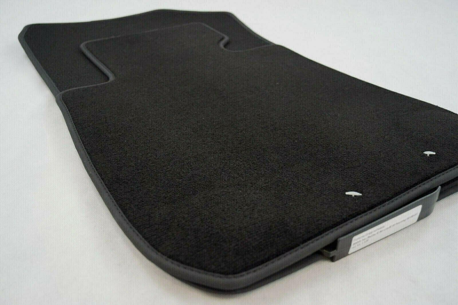 NEU $$$ $$$ Fußmatten passend für BMW E90 E91 3er PREMIUM Velours 20mm dick