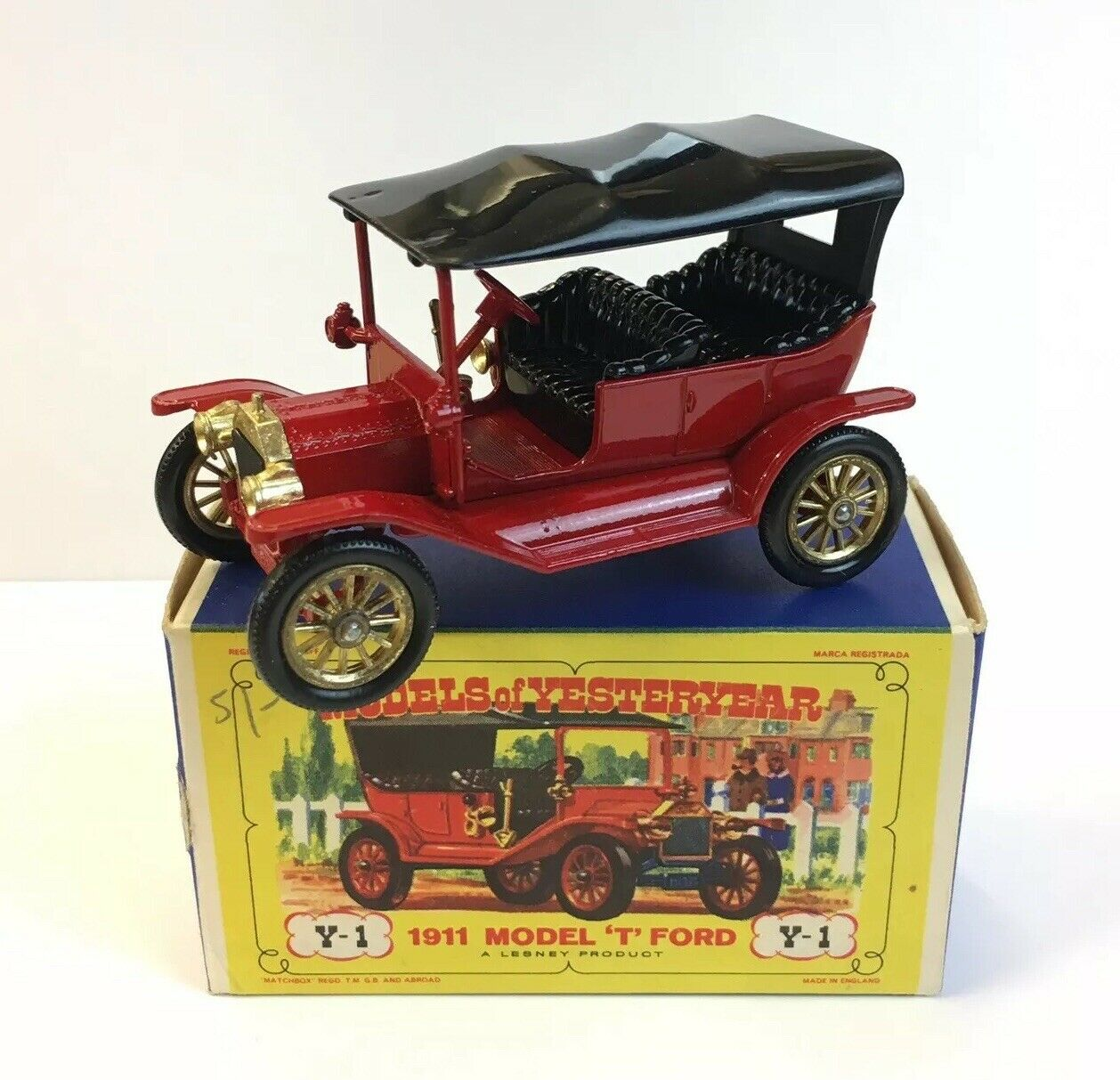 MATCHBOX MODELS OF YESTERYEAR 1911 model  T  Ford Y-1 boxed 7.5 cm de longueur