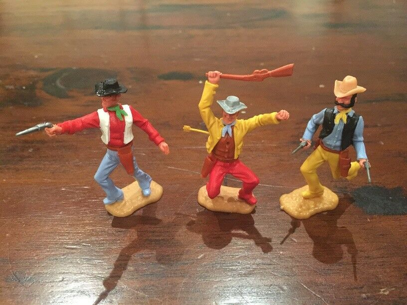 Timpo 3rd Series Cowboys x 3 - Wild West - 1970's (1)