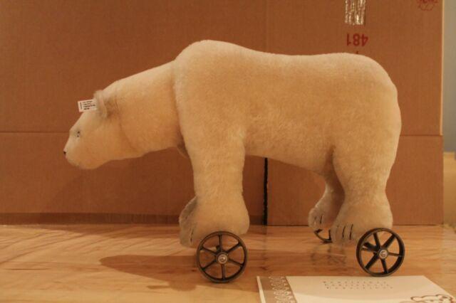 """Steiff 400544 """"Polarbär auf Rädern 1910"""""""