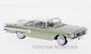 Wonderful modelcar Chevrolet Impala Sport Coupe 1960 - greenmet. white - 1 43