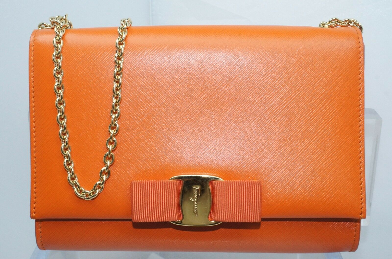 Salvatore Ferragamo Orange Bag Miss Vara Saffiano Clutch Crossbody ... fc05e7d60e098