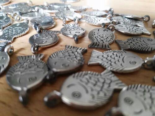 24 x Metall Fische Ichthys Fisch Silber Glanz Tischdekoration Deko Glück Glauben