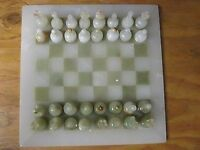 Chess Set 12 Hand Carved Pakistan Onyx 2 1/2 Pieces 11 Onyx Board