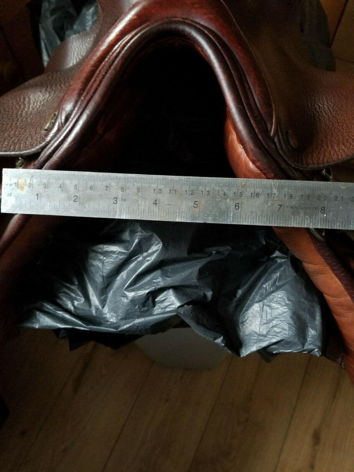 18  English leather gp saddle