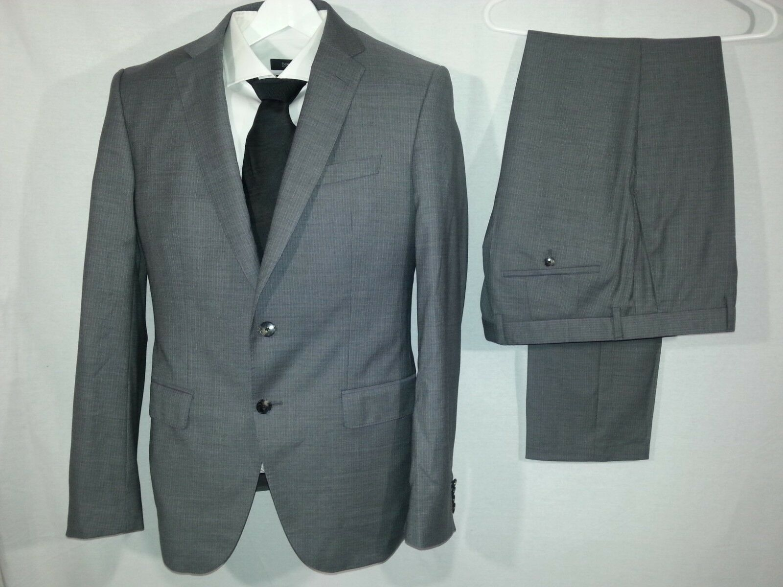 HUGO BOSS Huge 6 Genius 4 Suit Style  50375659 Grau 40R 40R Inseam 33 1097 NWOT