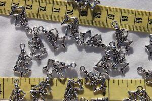 26mm-Alloy-Grateful-Dead-Skull-Style-Pendant-Charms-Ant-Silver-TSA21-20pcs
