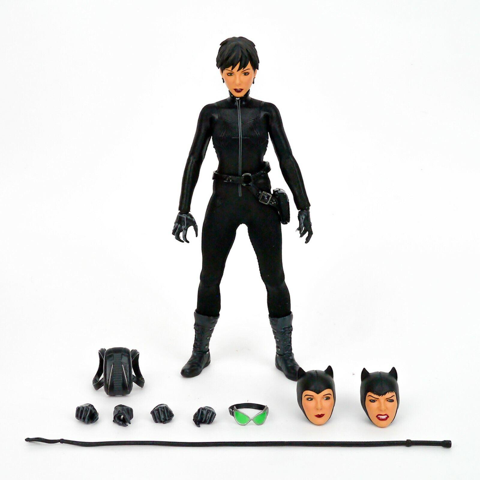 Mezco Toyz One 12 Collective DC Universe Comics Catwoman Selina Kyle Complete