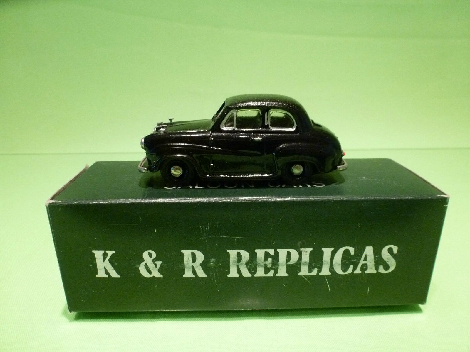 METAL BUILT KIT K&R REPLICAS1 43 AUSTIN A30 - RARE SELTEN - GOOD IN BOX