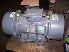 NEW VIBRA SCREW 1.1 W 1800 RPM ELECTRIC VIBRATOR MOTOR TYPE KRC/18/4000