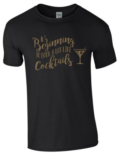 Funny Christmas Party Tee It/'s Beginning to Look a Lot Like Cocktails T-Shirt