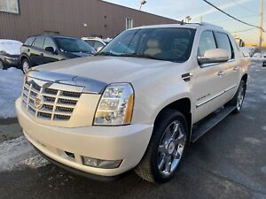 2013 Cadillac Escalade AWD AUTOMATIQUE FULL AC MAGS CUIR TOIT OUVRANT