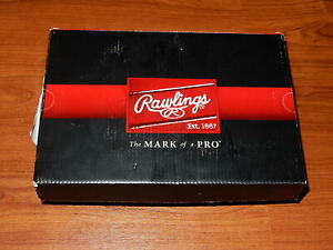 74ef1553ad15c Details about New in Box - Rawlings Boys Clubhouse Low Baseball Cleats  Black/Silver - SIZE 6
