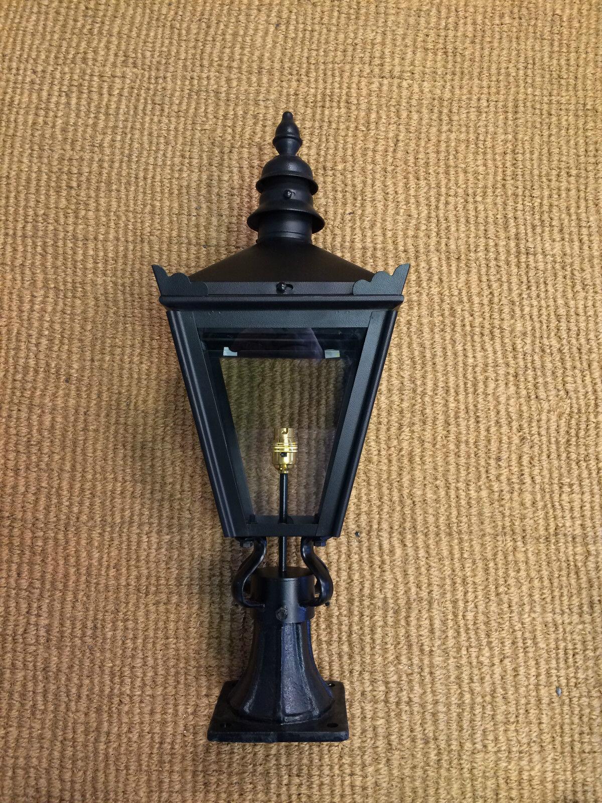 Pequeña Luz Linterna puesto puerta muelle de estilo victoriano linterna de Color negro
