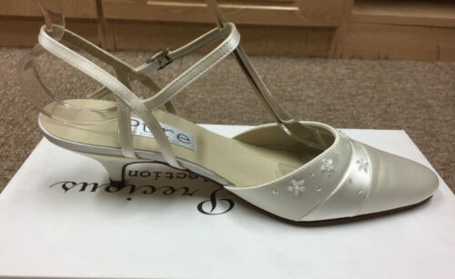 Ivory Satin Bridal Bridesmaid Wedding Shoe All Sizes  Pure /& Precious FORTUNE