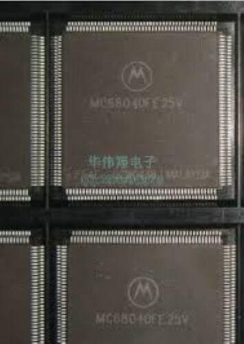 MOTOROLA MC68040FE25V Quad Flat Package 32-BIT con caché Mum