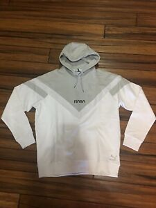 Details about PUMA X SPACE AGENCY HOODY 597135 02 100 WHITE/GREY NASA NEW  2019