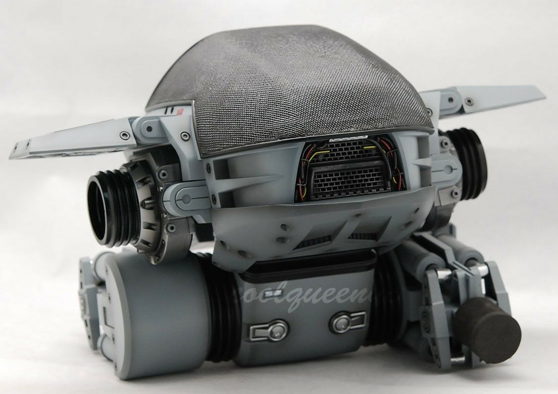 Hot Toys 1/6 Scale MMS204 Robocop ED209 - Body with Remote control