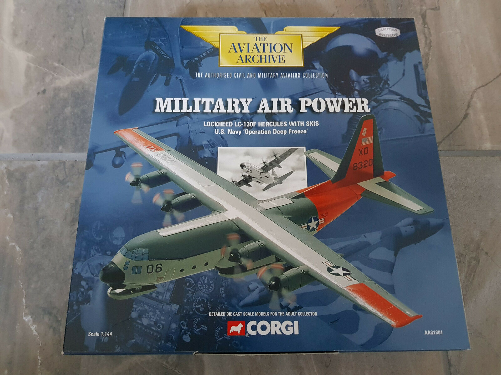 1 144 Corgi AA31301 LC-130F Hercules with Skies, US NAVY Operation Deep Freeze