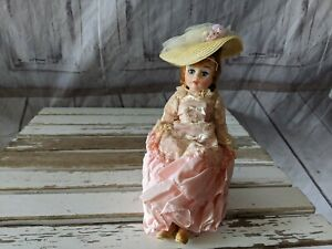 Vintage-Madame-Alexander-GODEY-Lady-Blonde-Doll-1950-s-Stunning-Limited-RARE