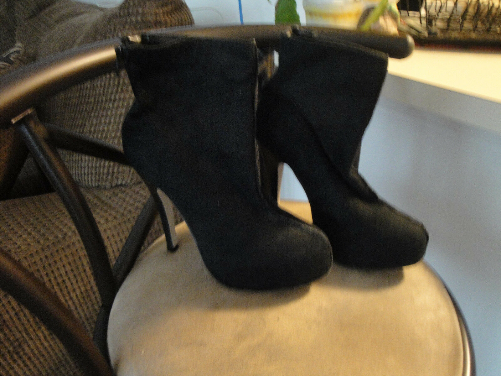Gentlemen/Ladies BLACK SUEDE ANKLE BOOTS WITH ZIPPER Elegant and sturdy set meal Online Beautiful and charming