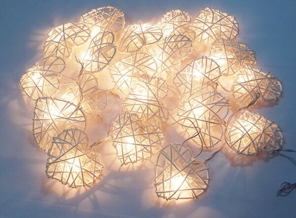 GARLAND STRING LIGHTS CLASSIC WHITE HEART 20 RATTAN PARTY,PATIO,DECOR,WEDDING