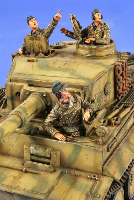 """Verlinden 1/35 """"Flieger!"""" German Tank Crew WWII (3 Half-figures) [Resin] 2677"""