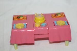 Dora-The-Explorer-Talking-Doll-House-Party-Table-Pop-Up-Cake-Flip-up-Plates