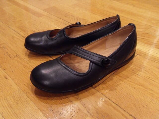 Womens PRIVO by Clarks Hurtle Mary Jane, Black Leather Shoe/Flat, size 8, MINT!