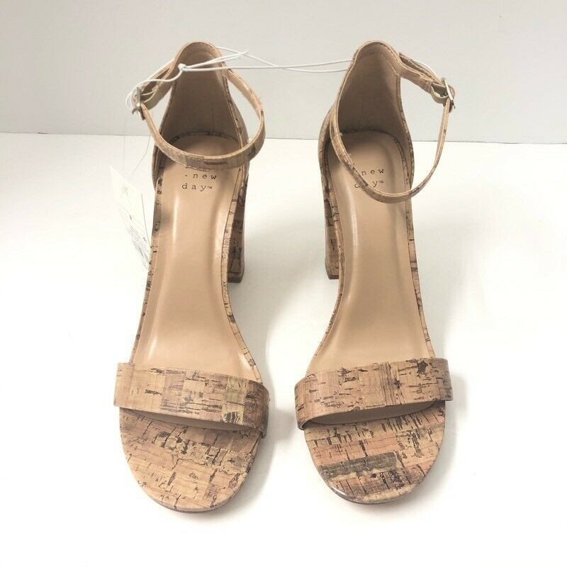 A New Day Women's Ema Classic Pump Block Heels Shoes Beige Ankle Strap 9 New