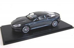 Aston-Martin-db9-Meteorite-Silver-2013