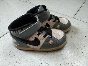 scarpe nike bambino 25
