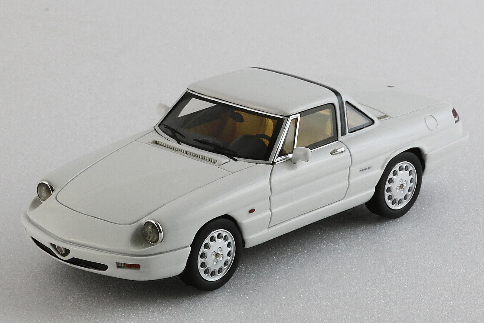 Alfa Romeo Spider 1990 4a serie Hardtop - 1 43ème - Blanc - Milena Rose