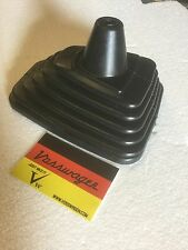 BRAND NEW VW GOLF JETTA MK2 RUBBER GEAR STICK GAITER GAITOR GEARSTICK SURROUND