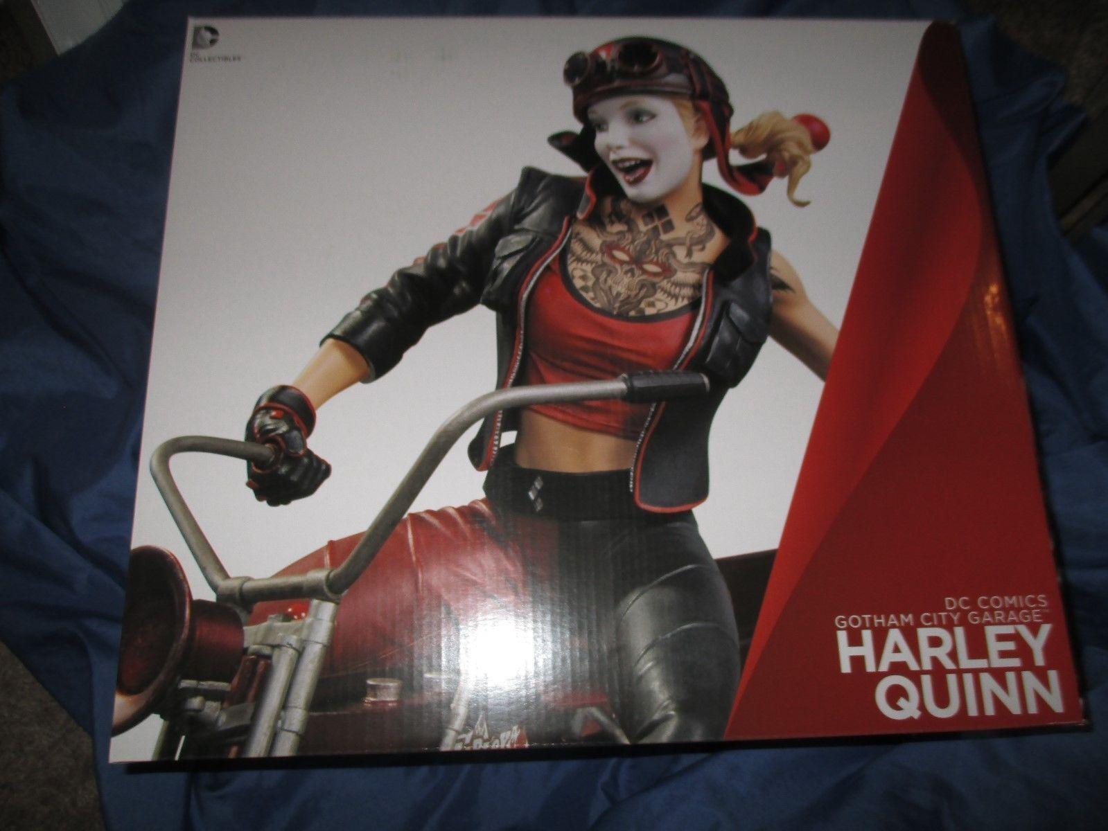 Gotham City Garage Harley Quinn Statue - - - UK Seller a40c2d