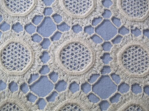 """cutapart"" crotcheted lace floret's – creamy off white 240+ 2x2 inches"