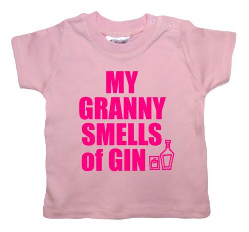 """Funny Baby T-shirt /""""Ma grand-mère sent GIN/"""" Nanny Gran Garçon Fille T-shirt Vêtements"""
