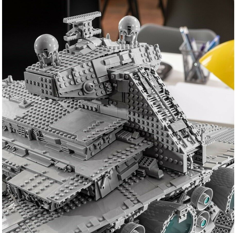 Lego Exclusives, 75252 UCS Imperial Star Destroyer